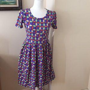 M/L LuLaRoe Amelia Dress